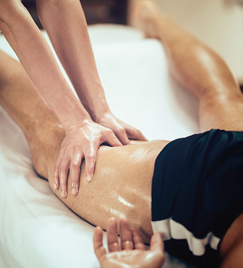 how to become a sports massage therapist uk