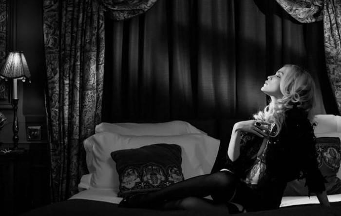 Непрерывное освещение в чёрно-белом портрете