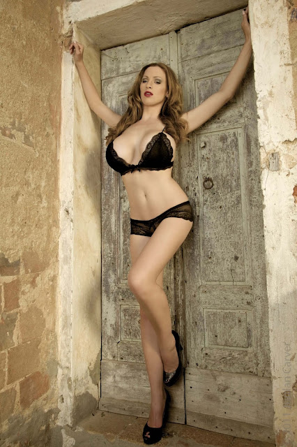 hot-Jordan-Carver-Last-Night-sexy-photoshoot-HD-Image-25