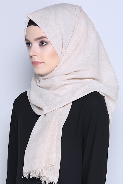 hijab-scarves-shop-picture