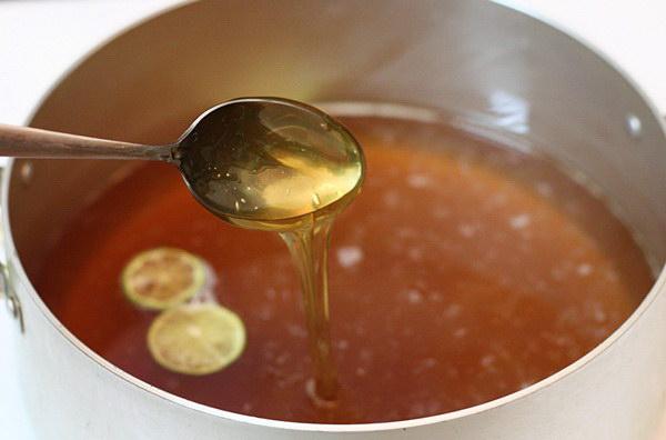 Cách nấu nước đường cho bánh Trung thu nướng