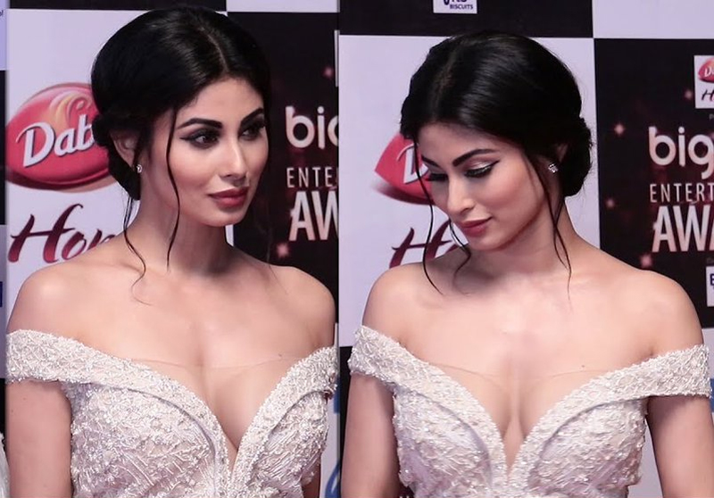 video hot mouni roy at big zee entertainment awards 2017