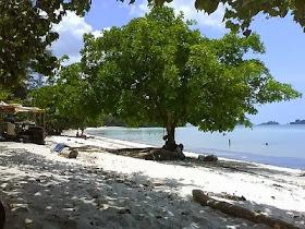 Pantai Melur Pulau Galang, pantai yang tidak kalah indahnya ini berada di pulau galang
