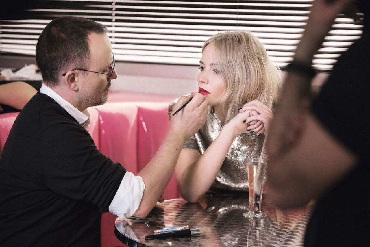 Jennifer Lawrence appeared in the campaign of the spring collection of Dior's Addict