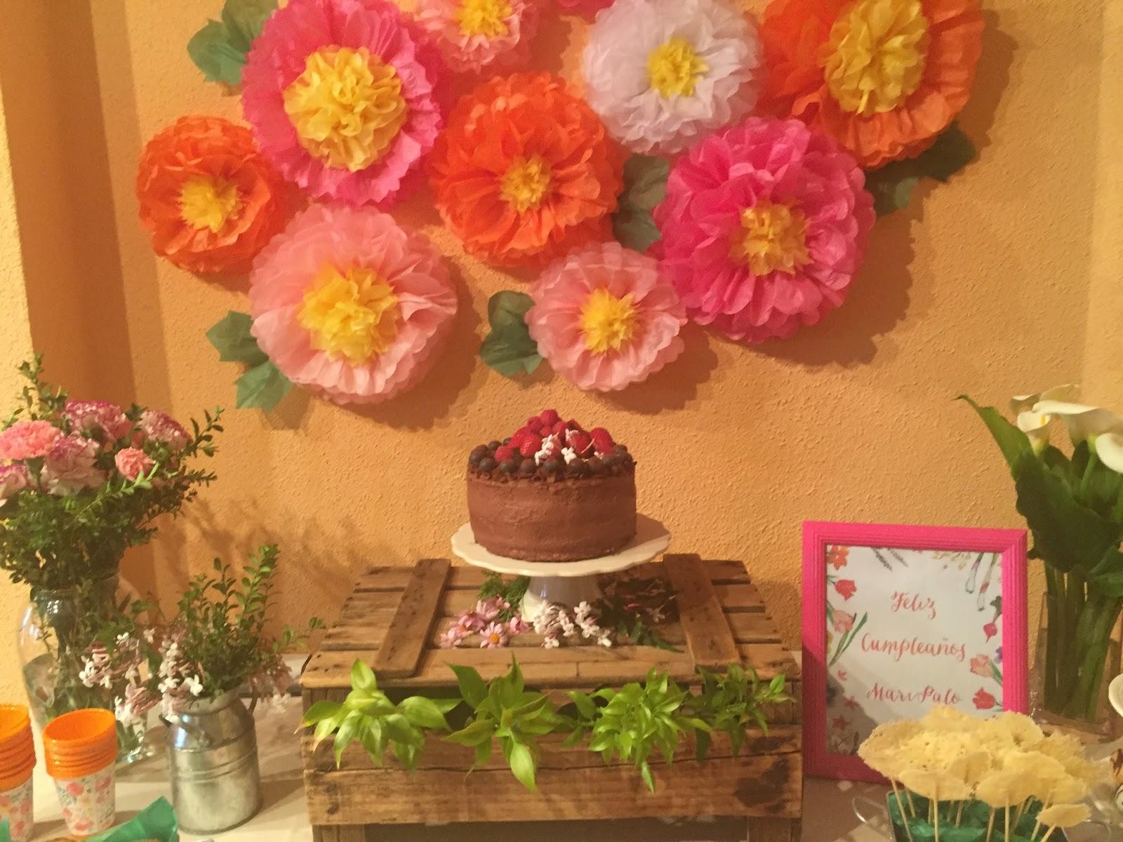Si es fiesta es fiesta un cumplea os muy primaveral for Rosas de decoracion