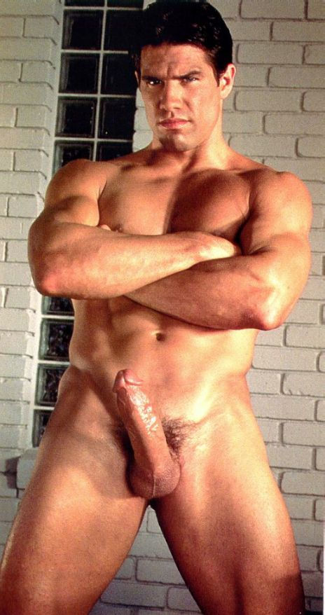 hot gay muscle daddies yrs old