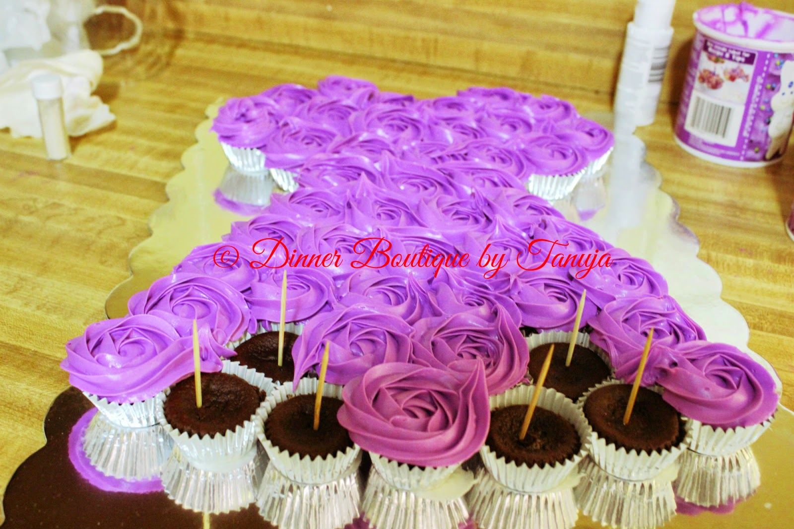 Dinner Boutique Sofia The First Pull Apart Cake
