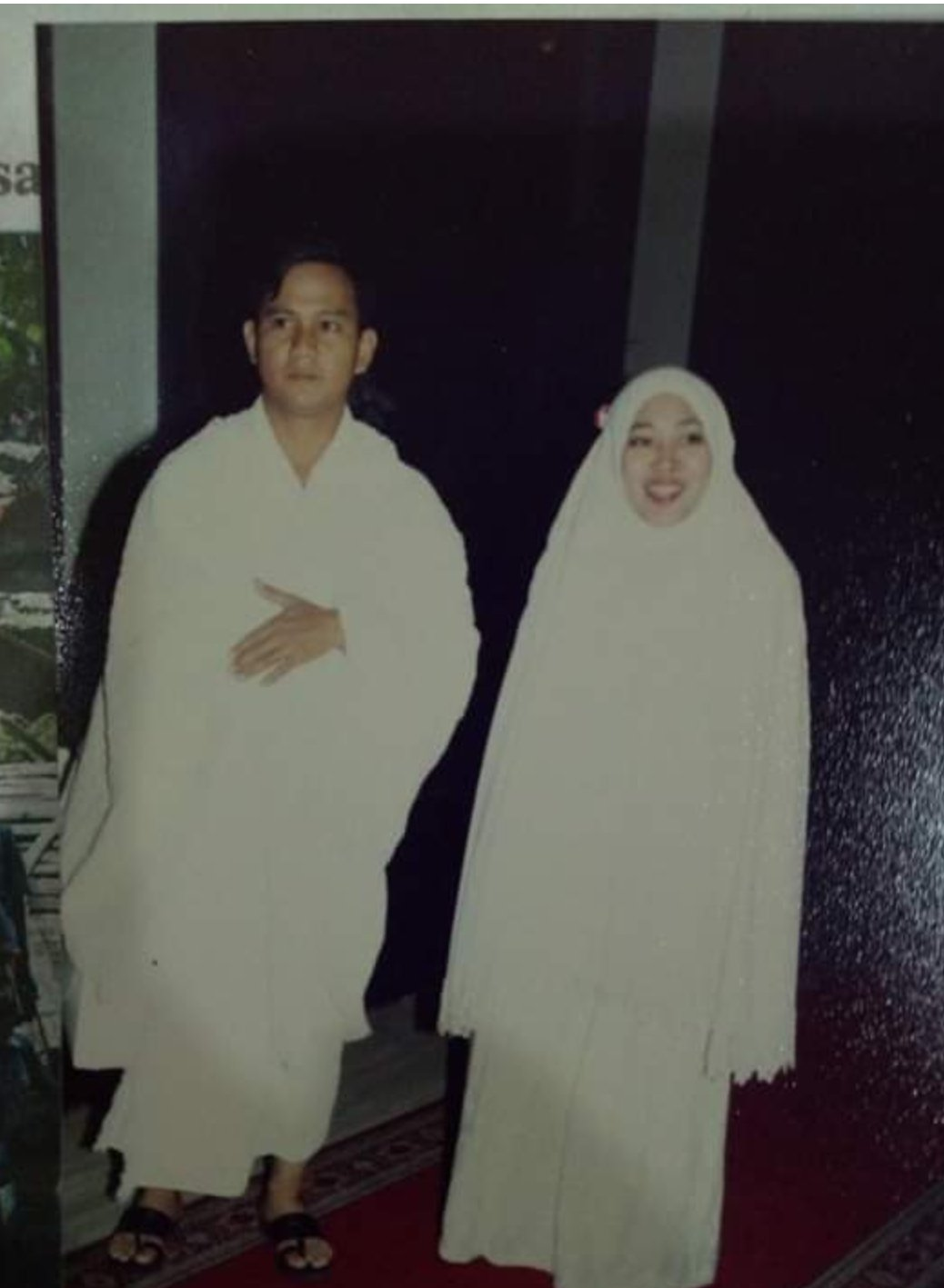 Di Balik Foto Prabowo Gunakan Pakaian Ihram dengan Kekasih Hati