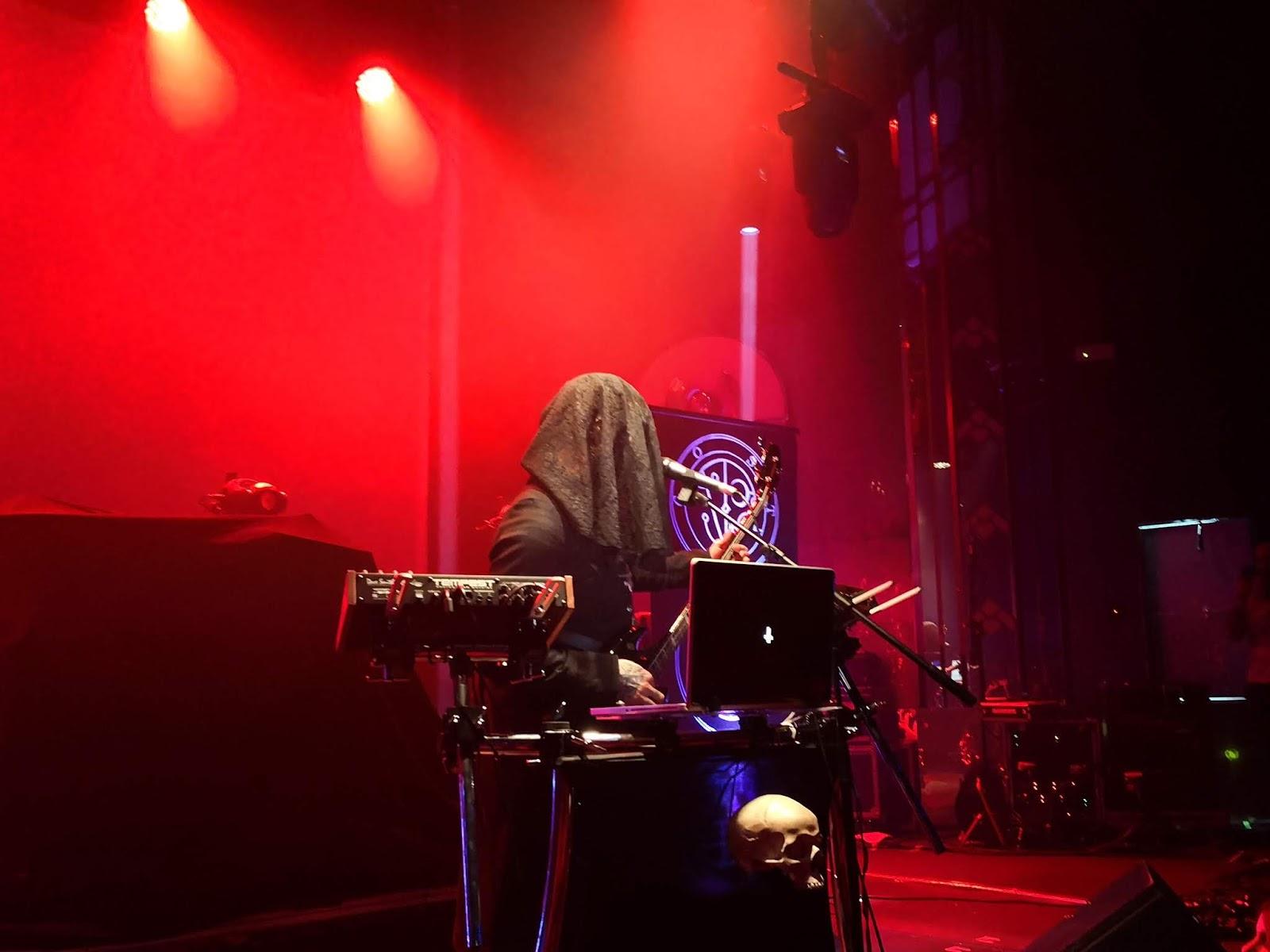 Metalkorner Crónica Noche Retrowave Con Carpenter Brut En