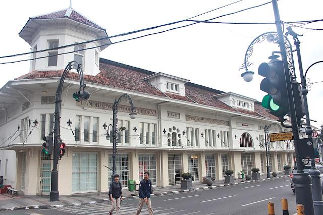 Bandung Architecture