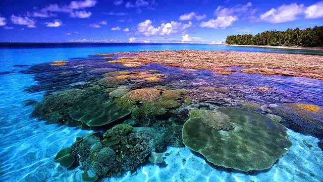 Indonesia popular places among international tourists