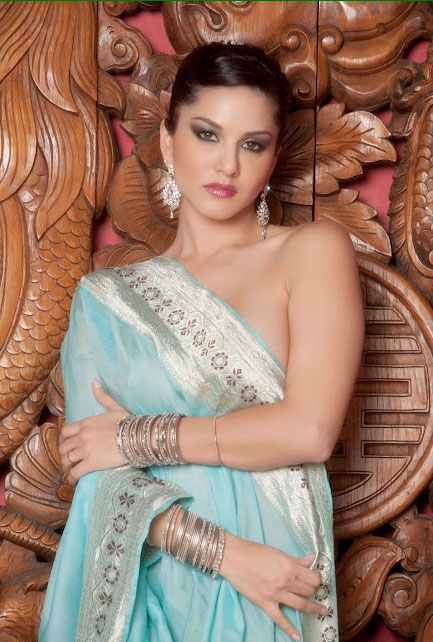 Beauty  Arts The Hot  Gorgeous Sunny Leone In Blue -6102