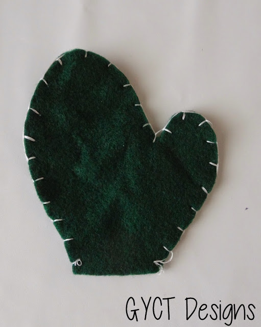 Winter Mitten Garland Tutorial by GYCT
