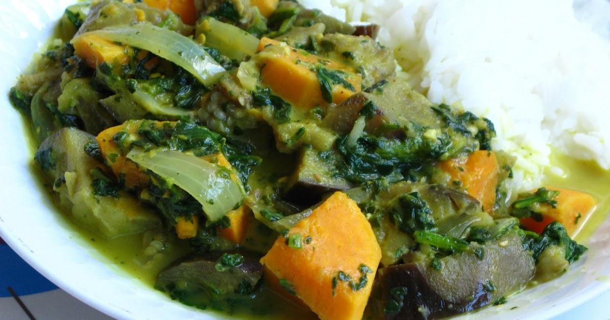 gourmandises v g tariennes thai curry mit aubergine s kartoffel und spinat. Black Bedroom Furniture Sets. Home Design Ideas