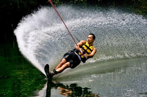 Vũ điệu trên sông - Ảnh thể thao Hoàng Trung Thuỷ