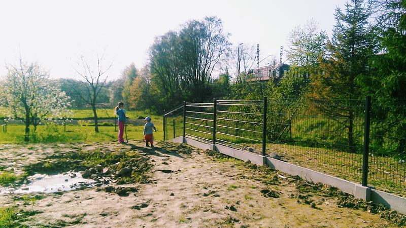 rodzinny zakątek, ogród, wieś