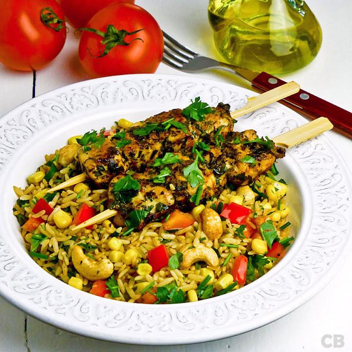Recept Gemarineerde kipspiesjes met kruidenrijst met groenten en cashewnoten