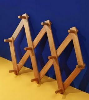Produk gantungan kayu Dekornata, harga Rp 110.000