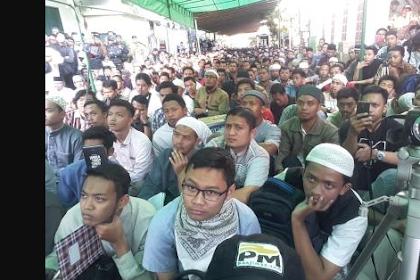 Mantab... Lebih dari 5000 Orang Hadiri Acara Ustadz Felix Siauw Bukti Beliau dicintai Umat dan Hanya Segelintir Yang Menolak!