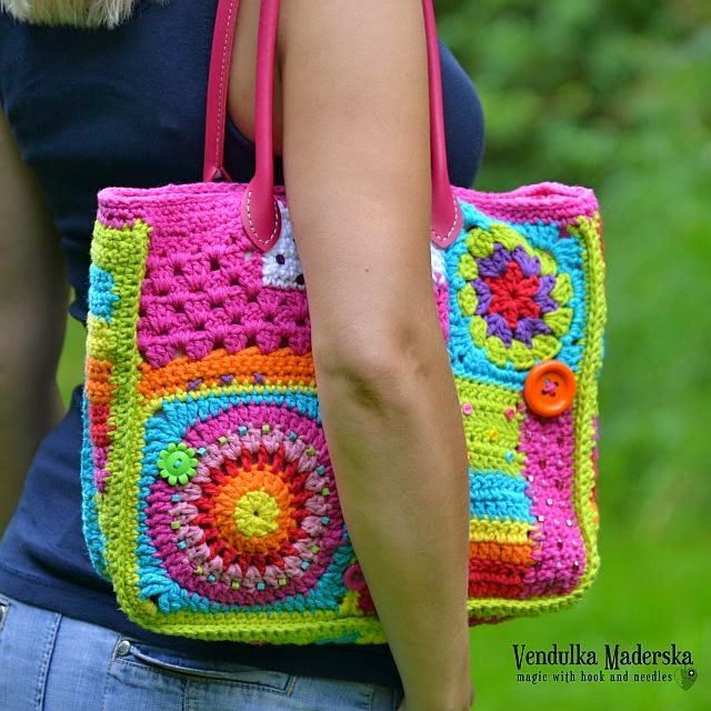 Crazy rainbow bag - Magic with hook and needles