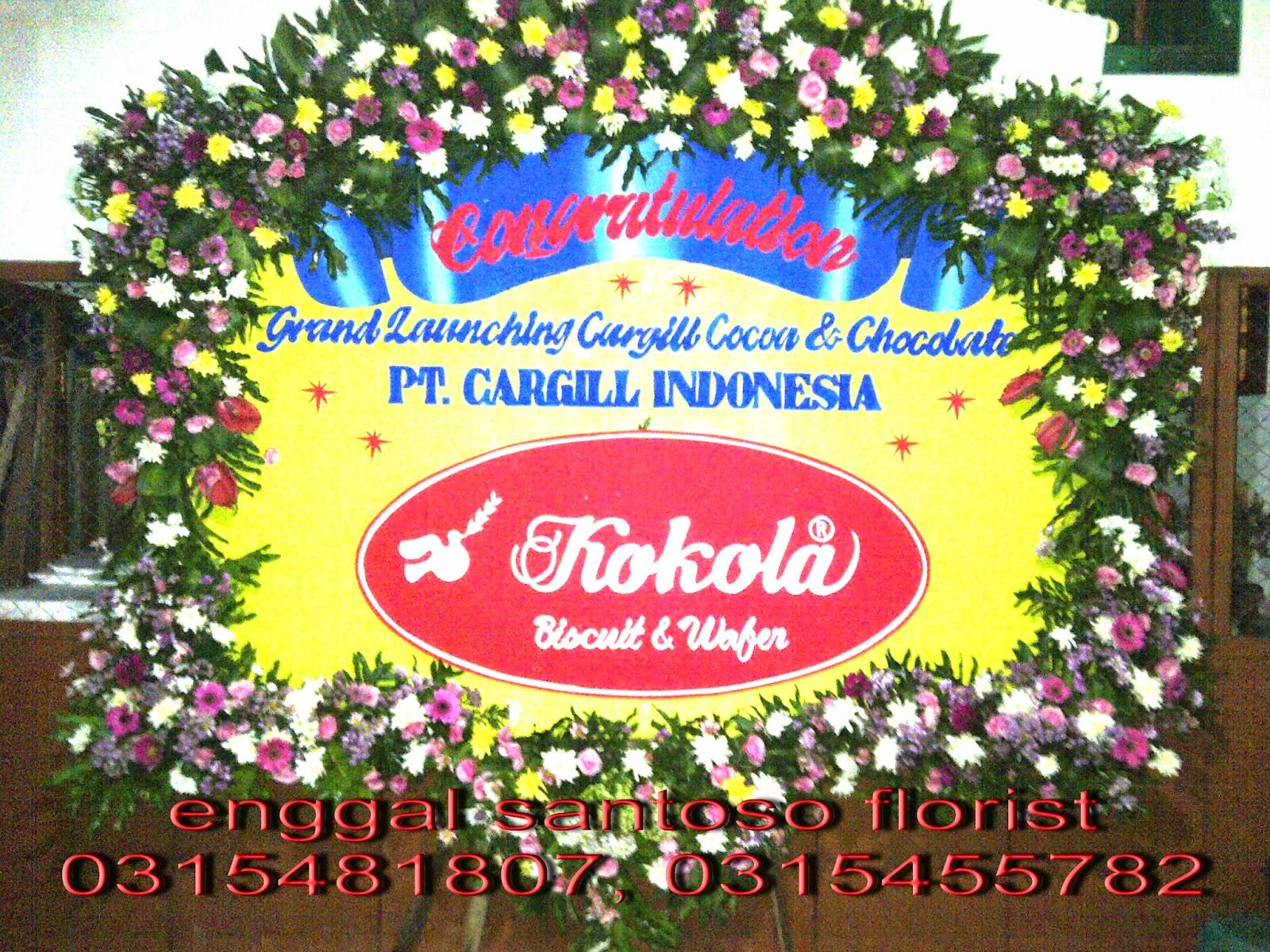 oko trangkaian karangan bunga papan  surabaya