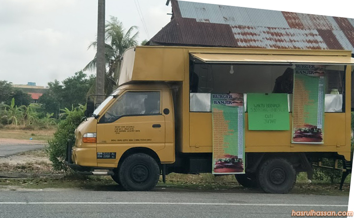 Food Truck Burger Banjir