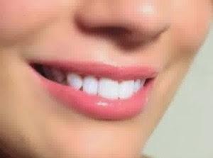 7 Cara Mudah dan Alami Memerahkan Bibir