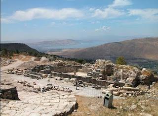 Gadara-Eliseu-Antonio-Gomes_Belverede-Umm-Qays-sitio-arqueologico-nymphaeum-gadara
