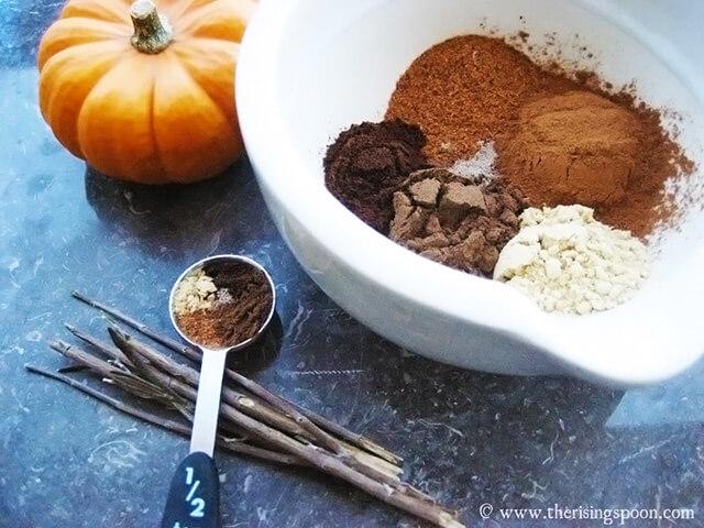 Thanksgiving Recipe: Homemade Pumpkin Pie Spice Blend