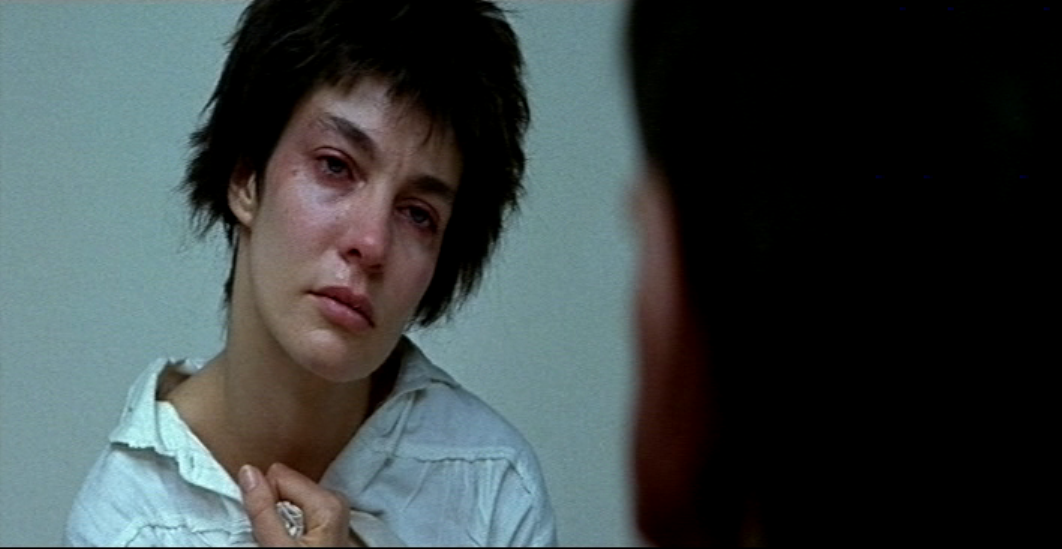 Movie And Tv Screencaps Anne Parillaud As Nikita In La