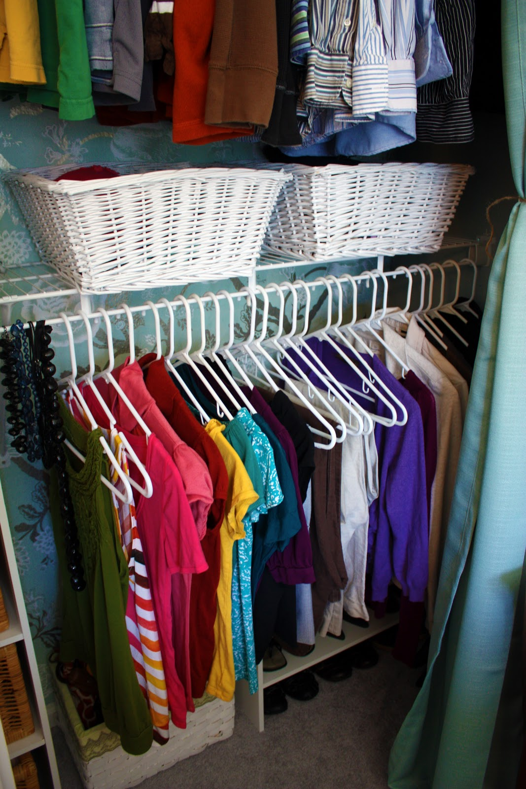 How to organize my clothes in the closet home improvement - How to organize clothes without a closet ...