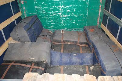 Ηγουμενίτσα: Είχαν κρύψει ανάμεσα σε έπιπλα και τυρί 213 κιλά χασίς!