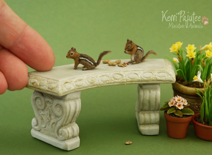 20-Squirrels-Kerri-Pajutee-Miniature-Sculpture-that-look-Real-www-designstack-co