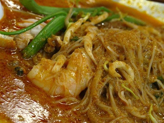 Satay Bee Hoon (沙嗲米粉)