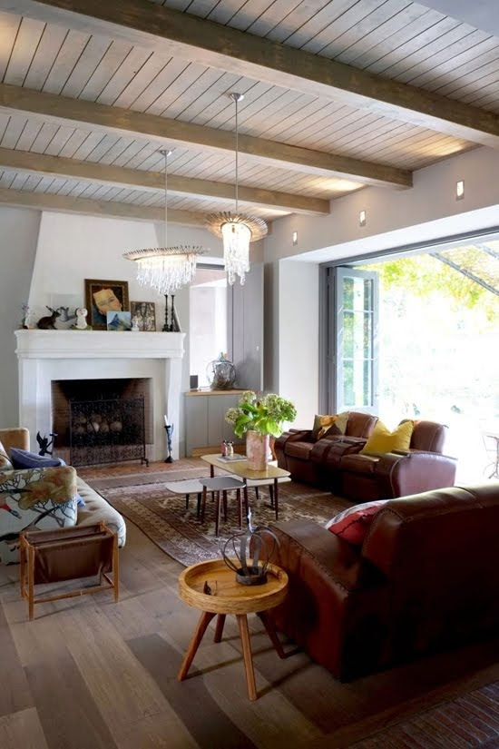 Safari Fusion blog | Modern bohemian | An artistic living room nestled on the slopes of Table Mountain, Cape Town city bowl / South Africa
