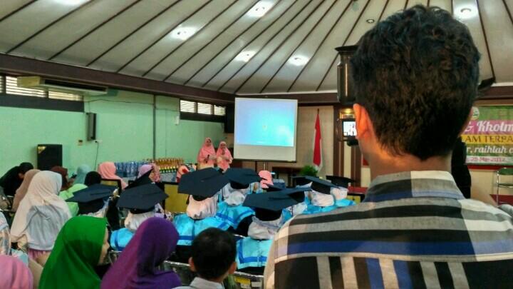 HP. 0856-4020-3369; Jasa Video Shooting Semarang ~Wisuda SDIT Bunayya Semarang~
