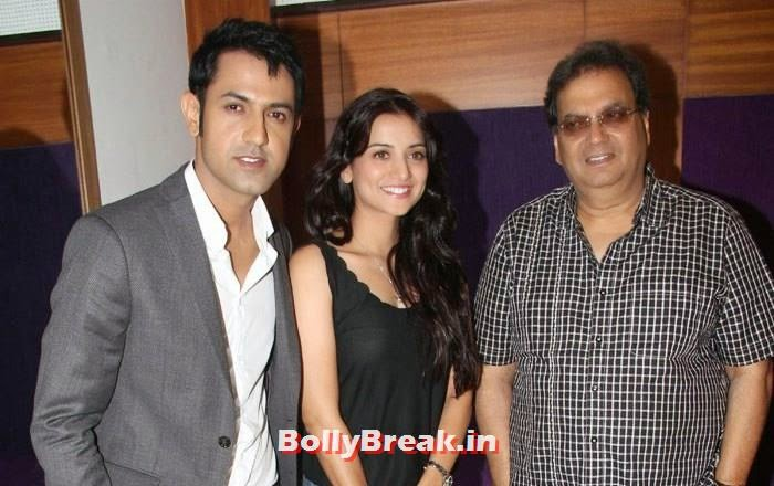 Gippy Grewal, Kulraj Randhawa, Subhash Ghai, Pics from Punjabi Movie 'Double Di Trouble' Special Screening
