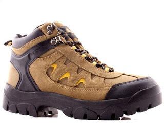 model sepatu gunung pria terbaru