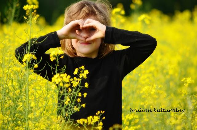 Kids & fields. Jak robić zdjęcia dzieciom?