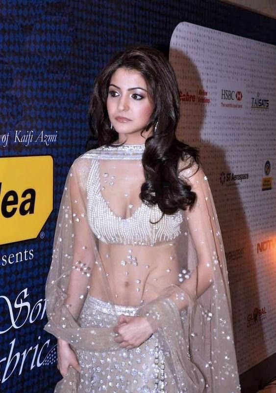 Anushka Sharma looking Hot and Fabulous in Saree