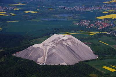 Monte Kali , Gunung Garam Buatan Terbesar di Dunia