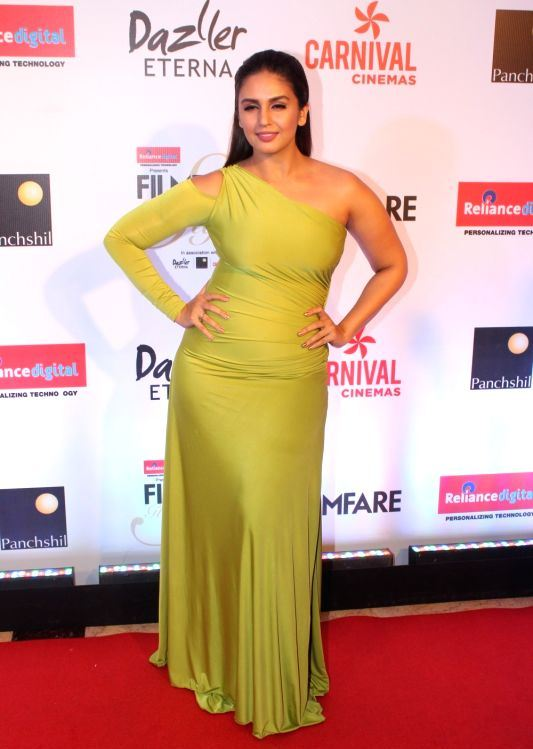 Huma Qureshi At the red carpet of Filmfare Glamour Style Awards 2017