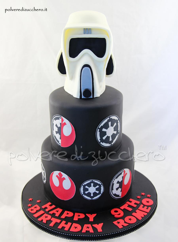 Star wars cake torta decorata con il casco dello scout for Cabina dell orso dello zucchero