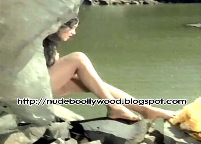 real pics of miley cyrus nake and uncensored