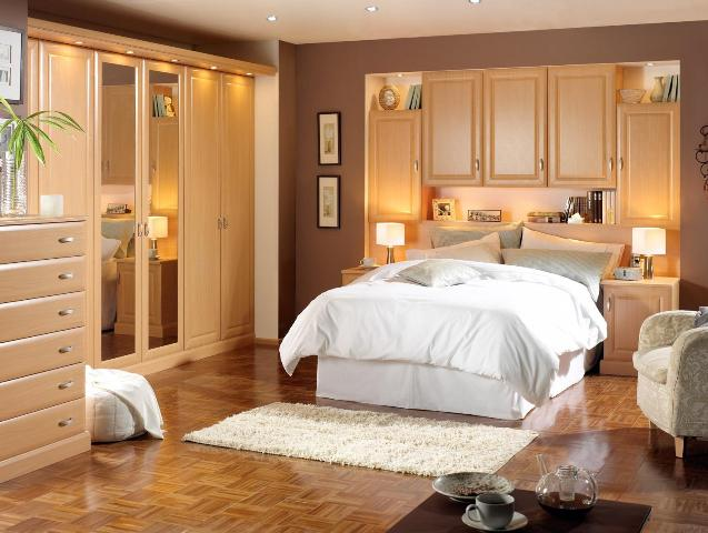 70 Elegant and Modern Minimalist Bedroom Designs in Various Models