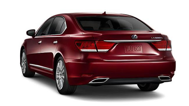 2017 Lexus LS 600h L Review