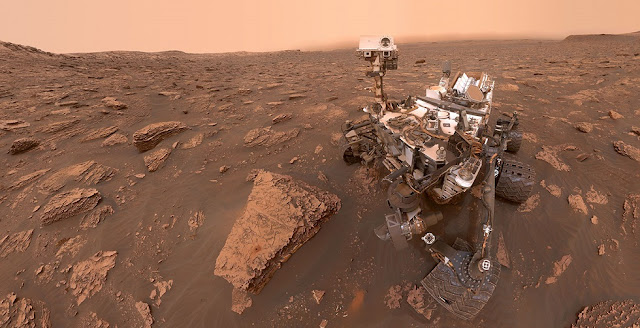 curiosity rover on the move again
