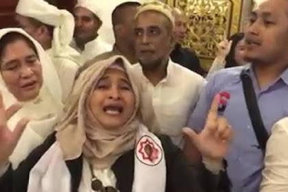 Tasbih Fatimah Azzahra, Kritik Takbir Neno Warisman