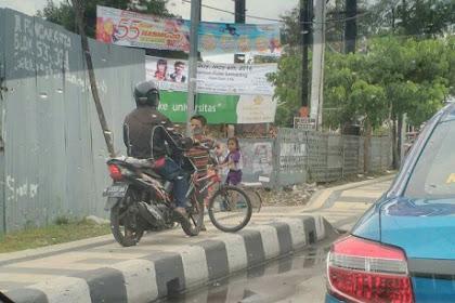 Trotoar itu untuk Pejalan Kaki, Bukan untuk Motor!