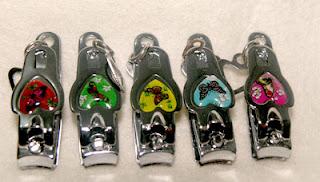 souvenir gunting kuku love,souvenir gunting kuku murah,souvenir pernikahan gunting kuku,souvenir nikah gunting kuku